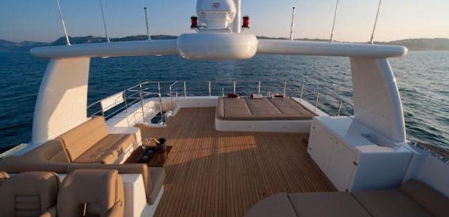 Vita di Mare 3 Charter Yacht - 3