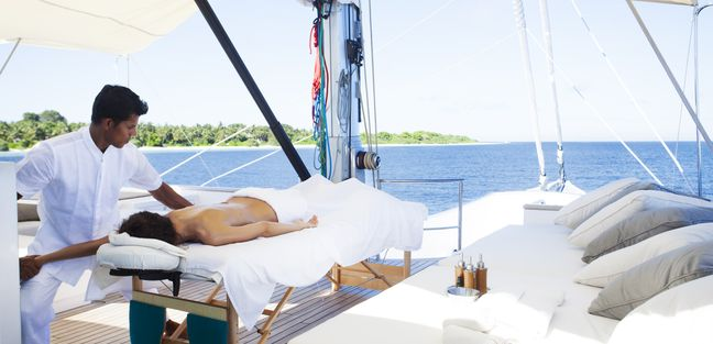 Soneva In Aqua Charter Yacht - 4