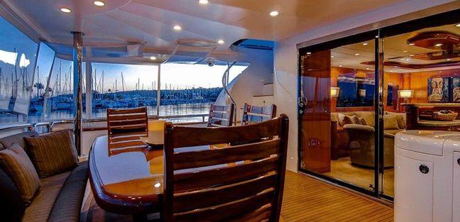 Papa's Palace Charter Yacht - 4