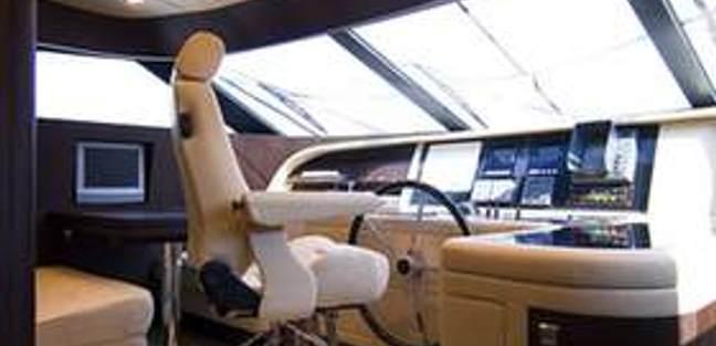 Ma & Ma Charter Yacht - 3