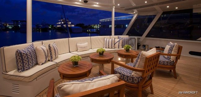 Victoria Del Mar Charter Yacht - 5