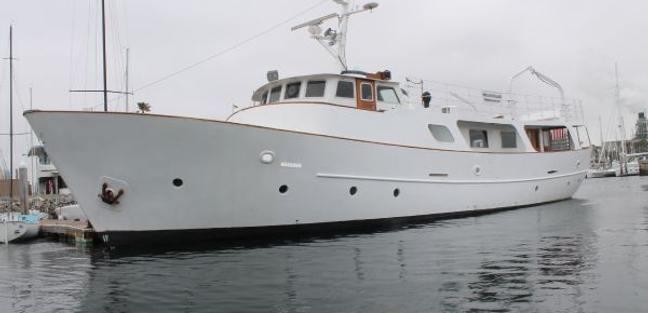 Island Waters Charter Yacht - 2