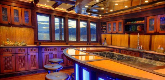 Dunia Baru Charter Yacht - 8