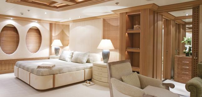Deja Too Charter Yacht - 8