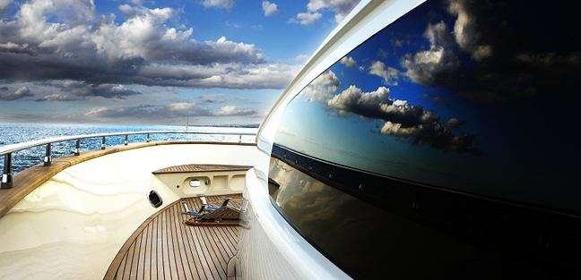 Biscuit Charter Yacht - 3