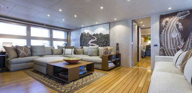 Akiko Charter Yacht - 4