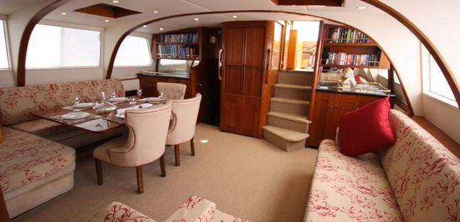 August Maverick Charter Yacht - 5
