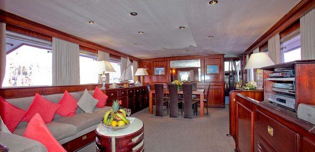 Lady Roxanne Charter Yacht - 8