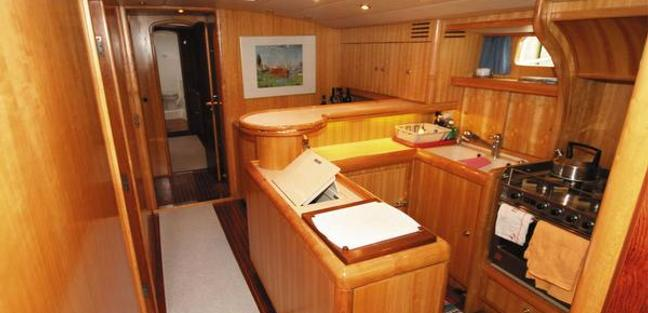 Vita Bella Charter Yacht - 4