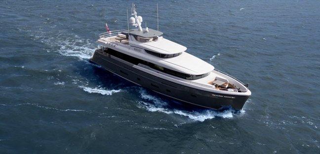 Bijoux Charter Yacht