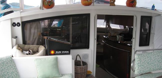 Delphine Charter Yacht - 7