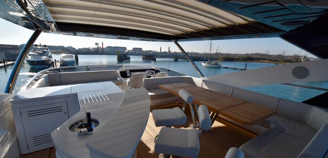 Mowana Charter Yacht - 4