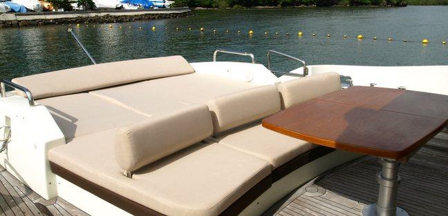 Black Pearl III Charter Yacht - 3