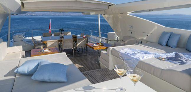 Rini V Charter Yacht - 2