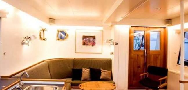 Zeewoelf Charter Yacht - 4