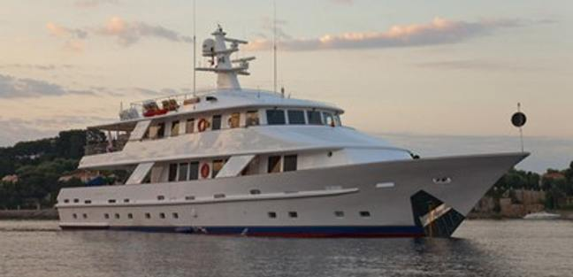 5 Fishes Charter Yacht - 3