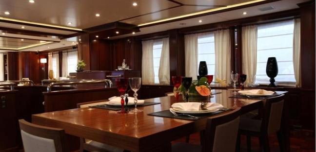 Angel's One Charter Yacht - 5