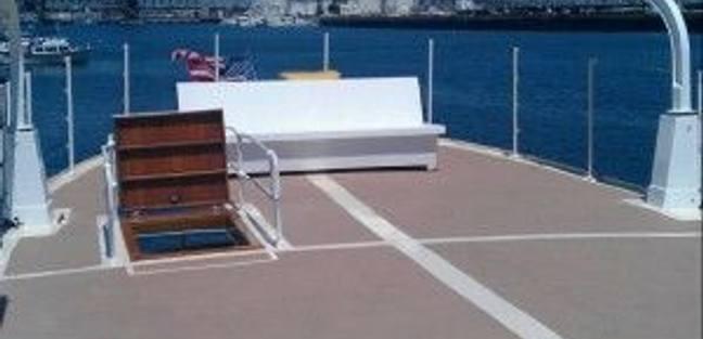 Island Waters Charter Yacht - 4