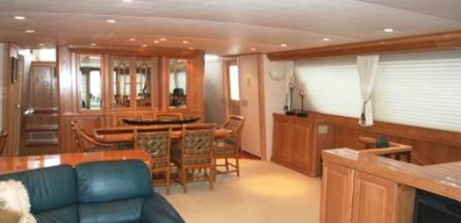 Center Ring Charter Yacht - 5