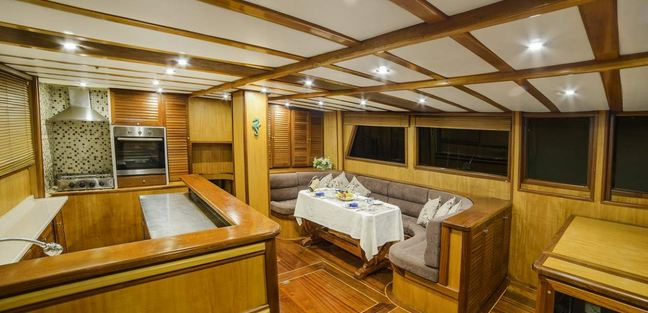 Sude Deniz Charter Yacht - 6