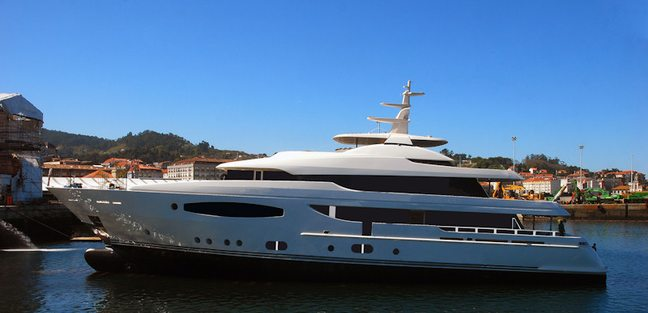 Follow Me V Charter Yacht - 2