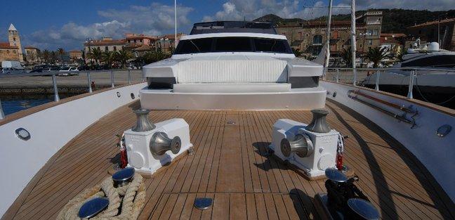 Mablu Charter Yacht - 3