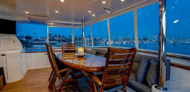 Papa's Palace Charter Yacht - 3