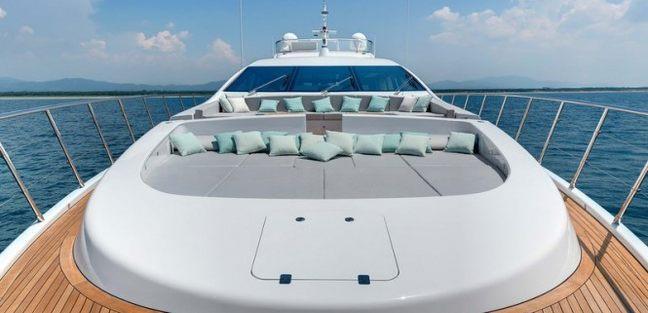 Dottore Charter Yacht - 2