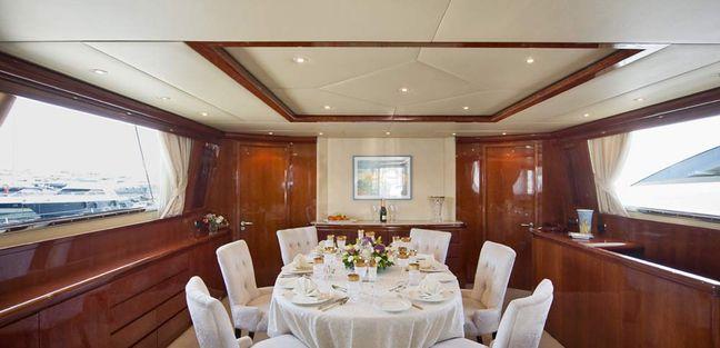 Falcon Island Charter Yacht - 8