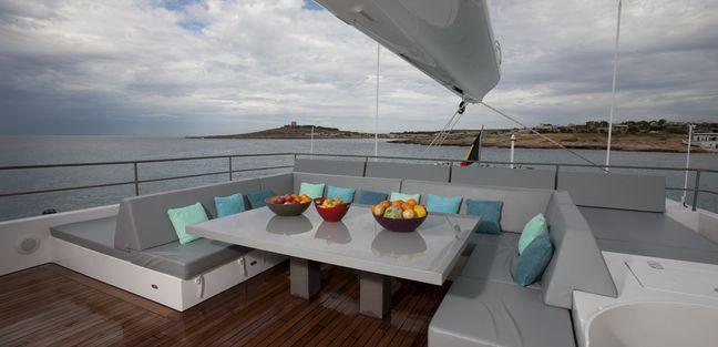 Che Charter Yacht - 8