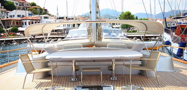 Silver Moon Charter Yacht - 5