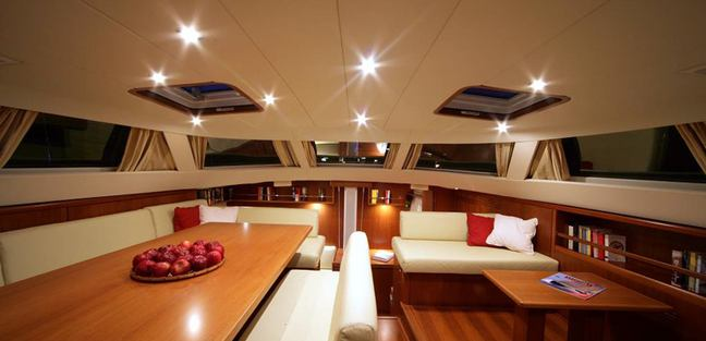 Si Vis Pacem Charter Yacht - 5