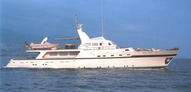 El Bravo Charter Yacht