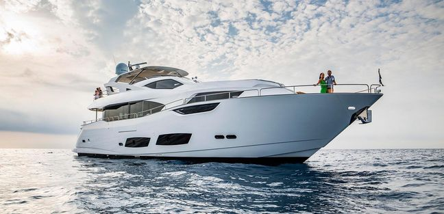 Vision 3000 Charter Yacht