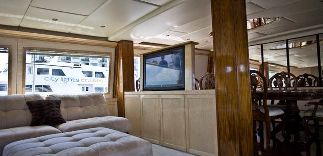 Justine Charter Yacht - 8