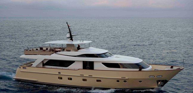 Retro Blue Charter Yacht - 5