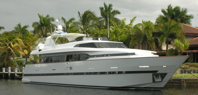Percal Charter Yacht