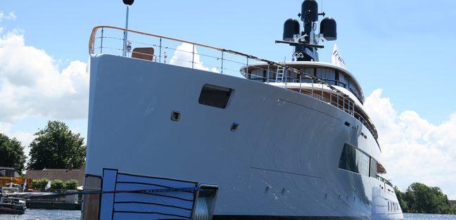 Syzygy 818 Charter Yacht