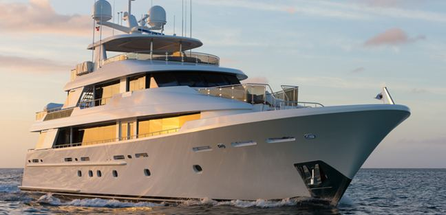 TOP DOG Yacht - Westport Yachts | Yacht Charter Fleet