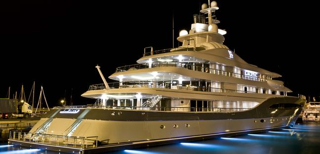 Mayan Queen IV Charter Yacht - 3