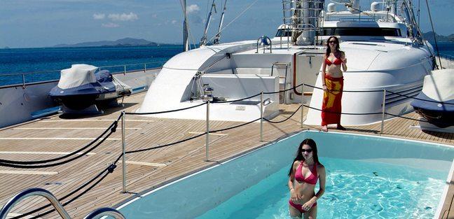 M5 Charter Yacht - 3