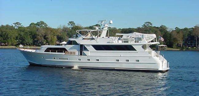 La Isla Charter Yacht