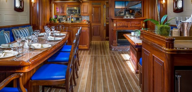 Columbia Charter Yacht - 5