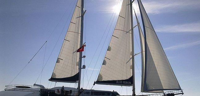 Blue Heaven Charter Yacht - 3