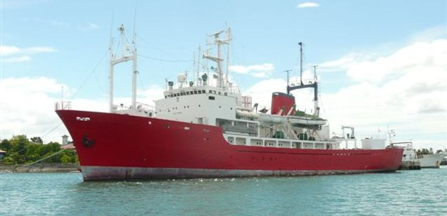 Northern Queen Charter Yacht