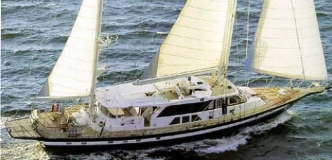 La Perla Charter Yacht