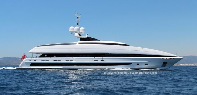 Crazy Me Charter Yacht - 4