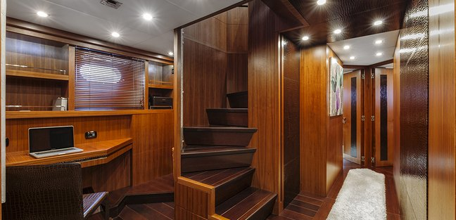Quo Vadis Charter Yacht - 7