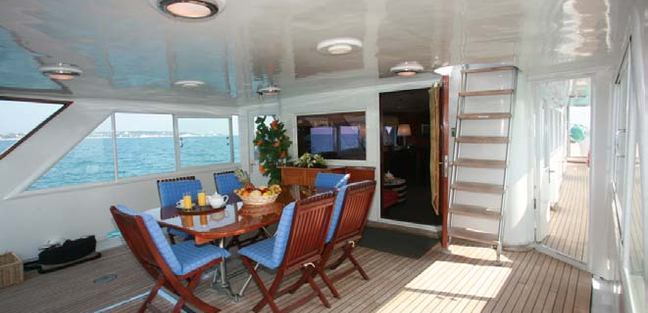 Lady Roxanne Charter Yacht - 4