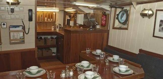 Togo Charter Yacht - 8